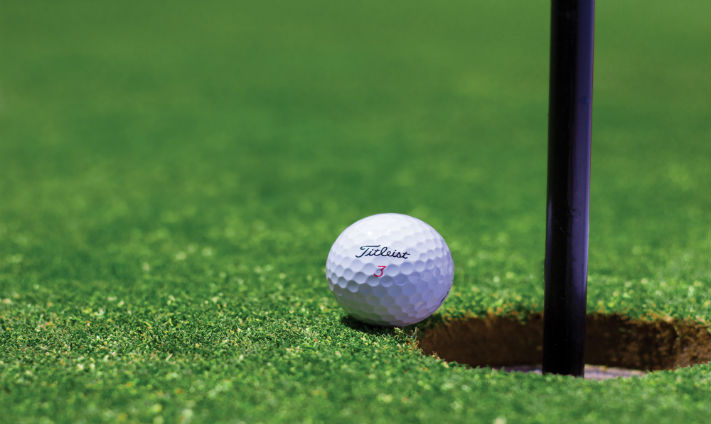 #WorkQuirks: This Office Has its Own Putting Green